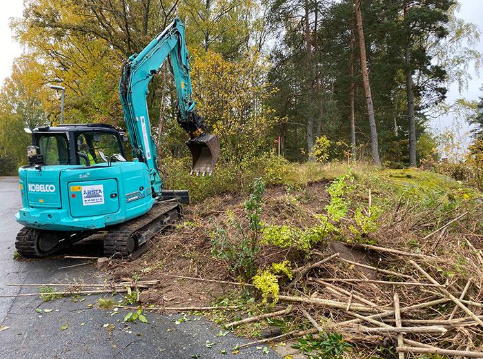 Grävmaskin för försiktig sprängning i Stockholm